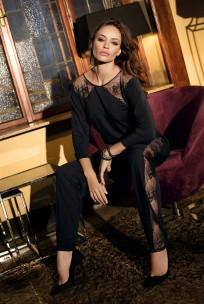 Jumpsuit long sleeves, round neckline with lace