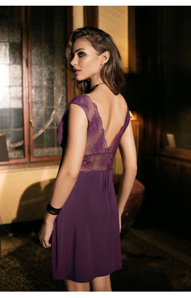 Sexy sleeves-less nightdress mid-length V-shaped lace neckline