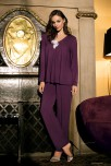 Pyjama 2 pieces long sleeves, V-shaped neckline