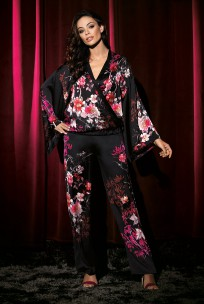 Zweiteiliger Pyjama Kaori mit Kimono-Kragen in japanischem Blumenmuster