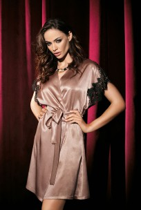 Dressing-gown with satin and lace short-sleeves