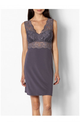 Loungewear nightdress with V-shaped lace neckline and backline - Gisele range