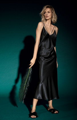 Long satin slip dress with V-shaped neckline and double straps. Coemi Studio