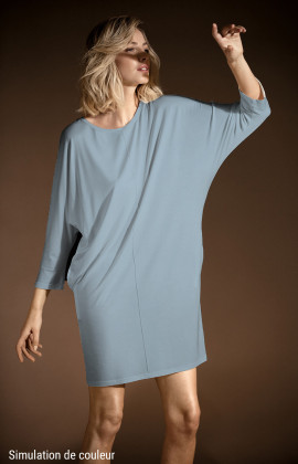 Knee-length batwing sleeve pocket dress. Coemi-lingerie