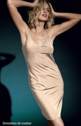 Fond de robe encolure en U sans manche et fines bretelles.  Coemi-lingerie