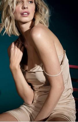 Sleeveless scoop neck underdress with thin straps. Coemi Studio