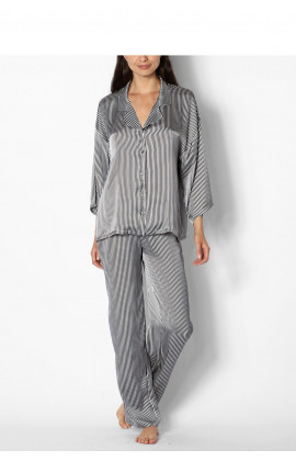 Two-piece striped pyjamas with long-sleeved shirt top