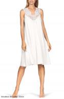 Sleeveless loose-fitting knee-length loungewear nightdress.
