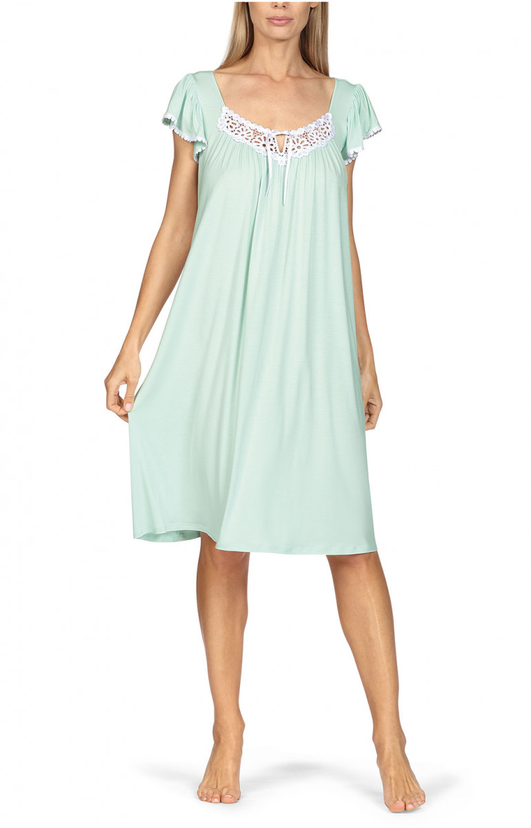 Loose-fitting knee-length loungewear nightdress. Short sleeves. Coemi-lingerie