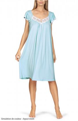 Loose-fitting knee-length loungewear nightdress. Short sleeves.