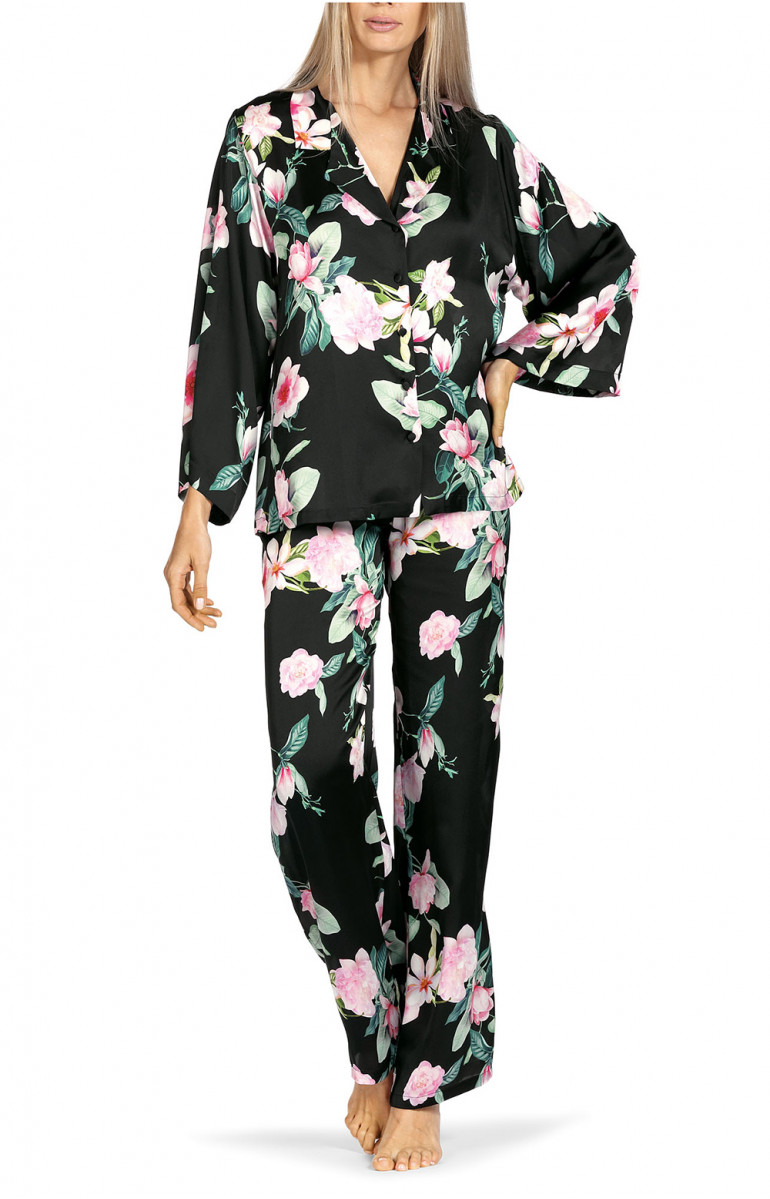 Two-piece pyjamas comprising a long-sleeve shirt top with floral pattern. Coemi-lingerie