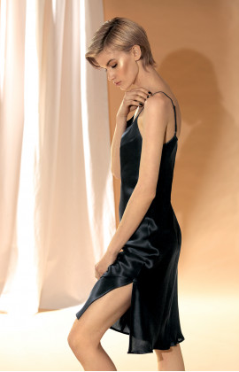 100% silk strappy knee-length slip dress. Coemi-lingerie