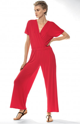 Jumpsuit with V-shaped neckline and short, loose-fitting sleeves.