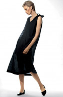 Calf-length loose-fitting sleeveless nightdress.