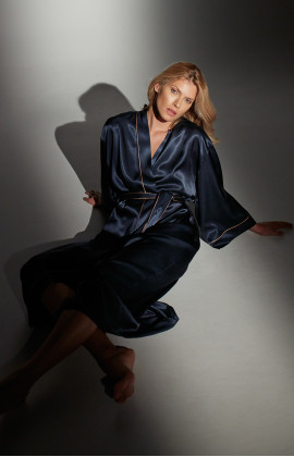Very long, ankle-length satin dressing gown with long, flared sleeves - Coemi-lingerie