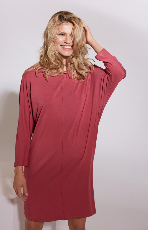 Knee-length batwing sleeve pocket dress