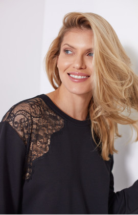 Long-sleeve sweatshirt with round neckline, embellished with lace on the shoulders - Coemi-Lingerie