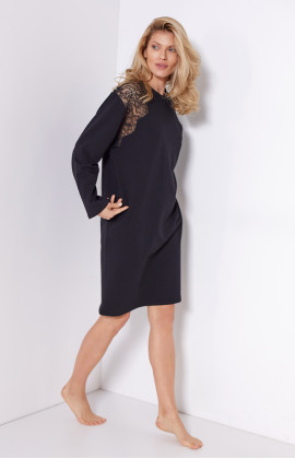 Nightdress/tunic-style lounge robe, cut just above the knee, lace