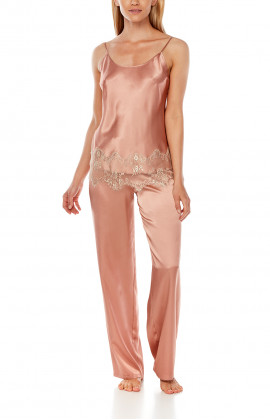 Satin pyjamas composed of a top with thin straps and straight-cut bottoms