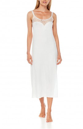 Mid-calf sleeveless nightdress with reinforced straps