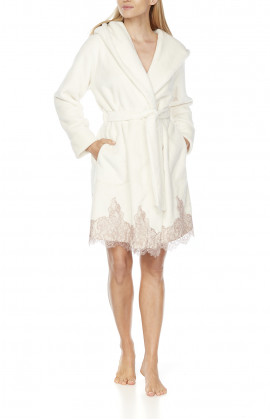 Short, fleece dressing gown with wide hood, shawl collar and lace at the hem
