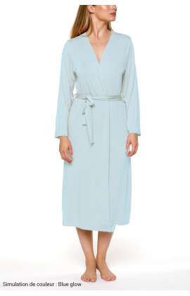 Classic, long, fitted dressing gowns with long sleeves Different colours.