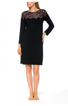 Tunic-style, long-sleeve nightdress in a blend of micromodal and elastane