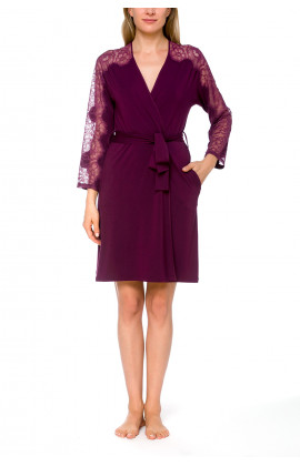 Short, fitted dressing gown in micromodal and lace