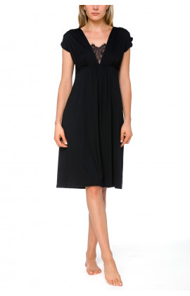 Nightdress/lounge robe in micromodal with short, flared sleeves