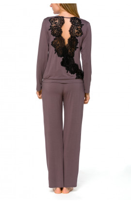 2-piece pyjamas/loungewear set in flowing micromodal fabric and black lace